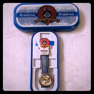 Looney Tunes Tweety Bird watch